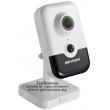 Безжична Wi-Fi мрежова IP камера HIKVISION DS-2CD2421G0-IW(W) - 2 мегапиксела, с вграден микрофон с шумов филтър, говорител и PIR сензор за прецизна детекция